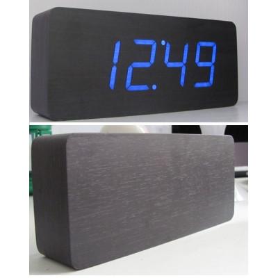 Настольные часы в деревянном корпусе со светодиодным дисплеем. С БОЛЬШИМИ ЦИФРАМИ с календарем и термометром.